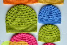 cappelli all'uncinetto