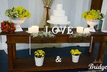 Mesa de Bolo Rústica / Mesas de bolo para casamentos rústicos