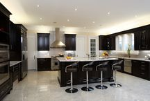 Contemporary Kitchen Designs by Lucvaa Kitchens / Contemporary Kitchen Designs made with quality craftsmanship.