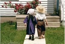Amish / by Carolyn Smith