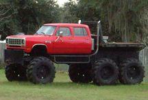 AutoMotion: Truckin' / by Michael Dismuke