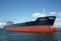 TANKER VESSELS AND TUGBOATS / TANKER SHIPS