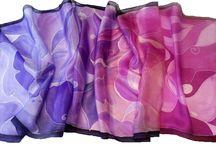 Ajándék nőknek Karácsonyra / Ajándék nőknek Karácsonyra - kézzel festett selyem sálak, kendők a Silkyway selyemfestő műhelyből. III. Búvár u. 1. (Flórián térnél)