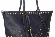 Torebki damskie w PROMOCYJNYCH cenach! / Zobaczcie pierwszą część naszych torebek damskich w obniżonych cenach. Znajdziecie coś bardziej eleganckiego i coś bardziej na co dzień. Warto skorzystać z okazji i zaoszczędzić! Którą torebkę wybierzecie dla siebie? :)  http://panitorbalska.pl/