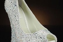 Wedding: Bridal Shoes and Barefoot Sandals / by Habouba