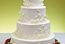 Cakes!! / by Carolyn Philbrick