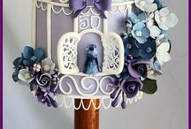 Cakes / by Nadine Neis