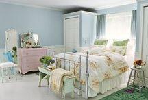 Bedroom / by Cheryl Hatfield