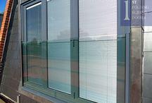 Frameless Glass Window Seats and Vertical Frameless Glass Window