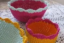 Baskets & Bowls - Crochetrelated / Crochetwork and patterns I've found online.