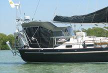 house boat lifestyle