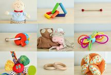 Montessori Friendly Gift List