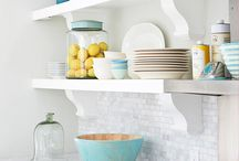 Home: Kitchens/Dining / by Anna Acunto