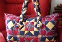 Handbags & bags (Bolsos y bolsas)