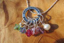 Craftiness: Jewelry / by Jamie Enochs