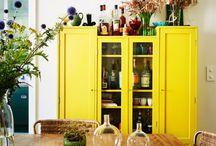 Világos sárga a lakásban
