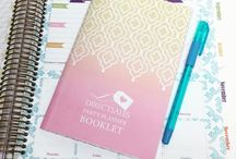 2018 Direct Sales Planner / Increase your productivity, focus on healthy habits and live your life filled with happiness and gratitude. Kitlife balances beauty and brains in a way no other planner does. Our Direct Sales collection turns your kitlife planner into the perfect Direct Sales business tool.  #dailyplanner #lifeplanner #2018planner #planwithme #plannerreview #directsales #networkmarketing