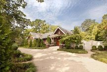 Celebrity Homes  / by Mullins Realty Group