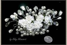 AbbyAksesorisWedding.com / Koleksi aksesoris rambut, headpiece, sirkam, jewelry set. http://www.abbyaksesoriswedding.com/