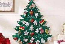 vánoční stromky a dekorace