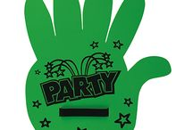 SUPPORTER FOAM HANDS / Manone e Guantoni per supporter, interamente personalizzabili. Supporter foam hands totally customizable Made by EVA (ethylene-vinyl acetate) foam available with different colors, thickness: 6mm