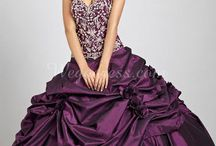 Quinceñra dresses and hair styles
