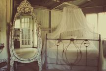 #Vintage Bedroom / by Abigail Youngblood