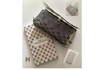The new box for handkerchief / New box