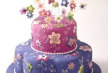 Cakes / by Una Whitman