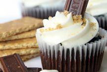 Cutsie Cupcakes :)