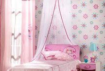 girl room idea / by Sandra Shimada