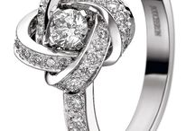 wrapEngagement Rings
