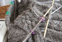 Wool Handcrafts / A gallery of heritage crafts of knitting, weaving, spinning, felting, and spinning.