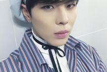 24K / first bias : kisu & sungoh bias now : hongseob & kisu bias wrecker : changsun & jeonguk  first song : super fly favorite title song : still 24k favorite non-title : oasis