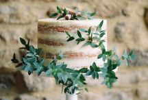 Naked and Semi Naked Wedding Cakes / Nakes and semi naked wedding cakes for the boho festival vintage rustic bride