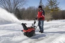 Snow Blowers & Throwers / Never fear #winter again with a #snow blower from Simplicity. / by Simplicity