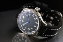 MILITARY PILOT WATCH - Historical mechanism from 1935 / Military Pilotwatch with original historical mechanism out of 1935... The mechanism was made in Porrentruy Switzerland.