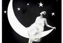 La Luna ♥  / by Debora Paulella ♥