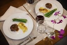 Jantar Romântico / Para uma noite romântica, nada melhor do que um jantar inesquecível e um vinho delicioso.