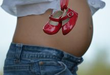 maternity session ideas / by Elena Spas