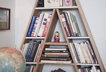Libraries, Book Nooks and Shelves. / Bookworm haven.