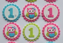 Fondant Cupcake Toppers / by Lindsey Cabral