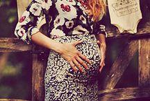 Pregnant chic stars