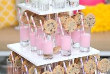 Parties and Entertainment / Beautiful table decor and settings with food and party ideas for all different kinds of parties-- tea parties, dinner parties, birthday parties, baby showers, bridal showers, and baby sprinkles.
