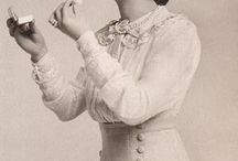 Edwardian clothes