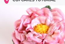 Making Buttercream Flowers