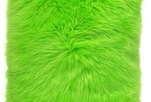 Poduszka dekoracyjna CZUPER zielony/Faux fur pillow CZUPER green / Poduszka dekoracyjna CZUPER zielony/Faux fur pillow CZUPER green