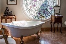 Bathroom & Shower ideas / Ispirazioni per bagni e docce.