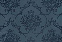 Midnight - Casadeco - glänzende Tapeten für Jedermann / Die Tapeten aus der Kollektion Midnight von Casadeco sind bunt durchgemixt. Ob ein Hauch Orient mit verspielten Ornamenten und schimmernden Applikationen oder ein modernes Retro-Muster im neuen Look. Hier findet jedermann etwas passendens für seine vier Wände.