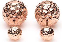 Karma Double Dots oorbellen / De Double Dots oorbellen.